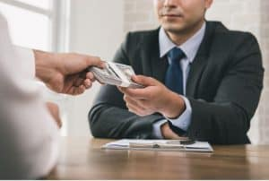 מתי כדאי לקחת הלוואה חוץ בנקאית